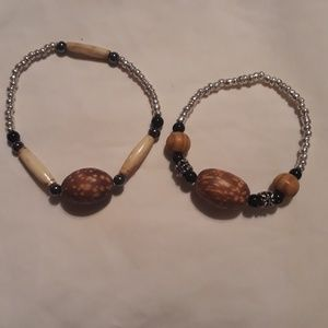 ☺2pc handmade bracelets..mixed size